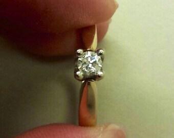 14K Yellow Gold Diamond Engagement Ring, Size 5.75