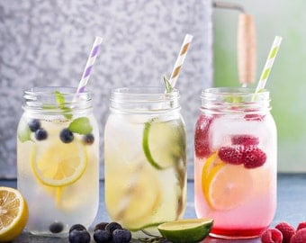 Mason jar drinking glasses in the set of 3 16 oz (470ml) incl. straws