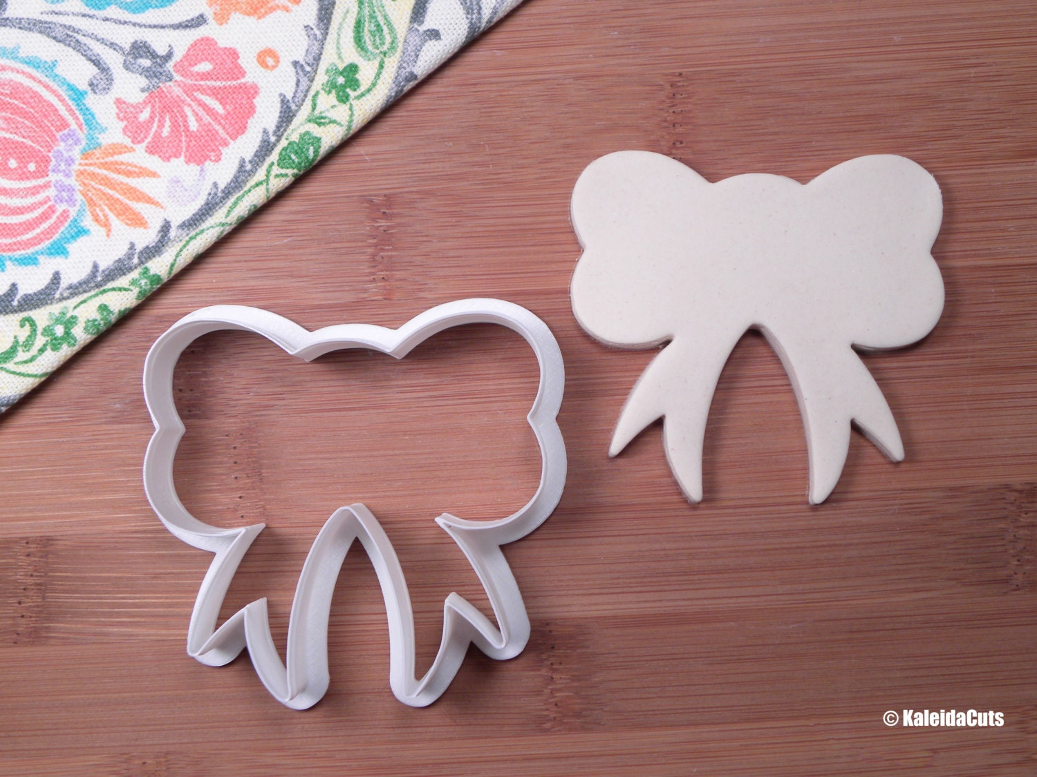 bow 2 cookie cutter baby shower cookie cutter birthday