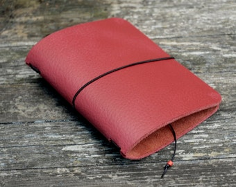 Passport Traveler's notebook  Red with leaf in the corners - midori like- fauxdori