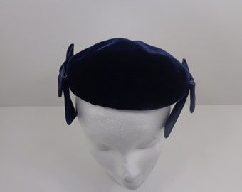 Vintage Circa 60's Navy Blue Velvet hat