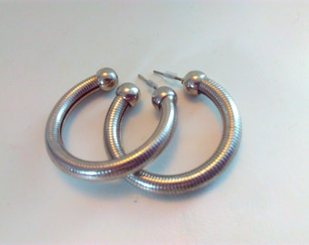 Vintage, hoop earrings, 80s earrings, vintage earrings, vintage hoop earrings, large hoop earrings, 80s hoop earrings, statement earrings