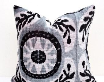 Gray Ikat Velvet Pillow Cover -Ikat pillow-Pillow Cover-Velvet Ikat pillow -Velvet Pillow- Designer pillow-Decorative pillow-Velvet cushion