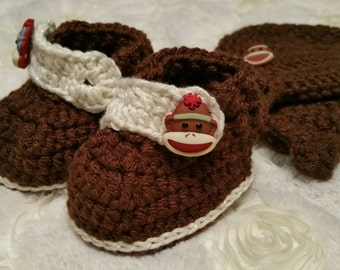 Handmade crochet monkey hat and shoes, photo prop