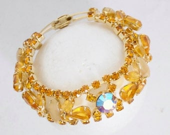 "Vintage Weiss Bracelet 7"" long, aurora borealis hinged stones Austria"
