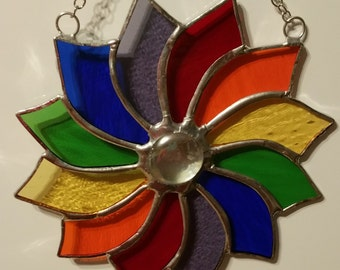 Stained glass pinwheel with window suction cup