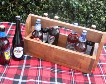 Rustic pallet caddy