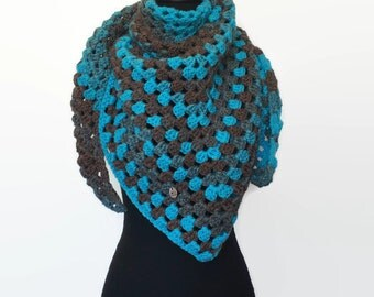 The 'Ain't no mountain high enough' triangle scarf