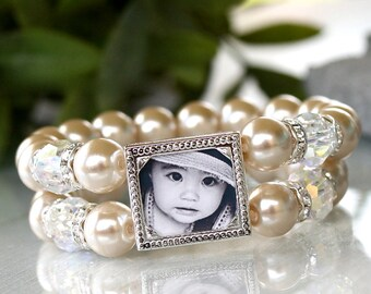 Brides Pearl Bracelet, Brides Pearls, Brides Bracelet, Beige Pearl Bracelet, Photo Bracelet, Mother of the Bride, Mother of Bride Bracelet