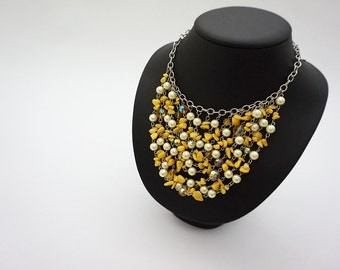 Yellow balls necklace