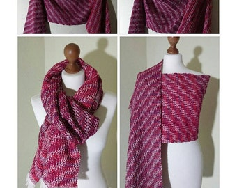 Scarf / shawl hand-woven from pure Merino Wool