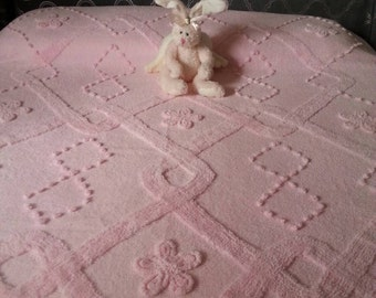 Luxurious vintage pink chenille double (queen?) bedspread.