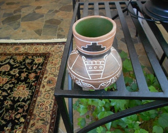 Terra Cotta Pottery Vase-Incised Brown Small Vase-Pottery-Signed Ahinando de Mexico