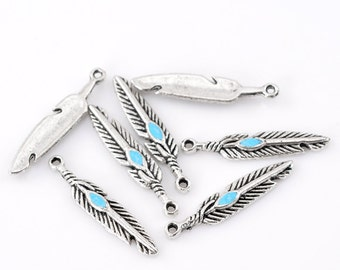 10 Antique Silver Metal Alloy Feather Charms 5 x 28mm (B245b/364n)