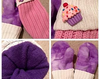Handmade cupcake mittens