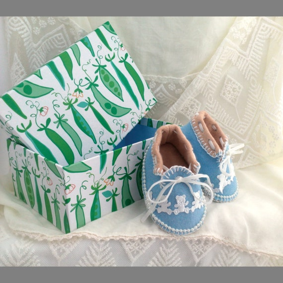 SOLD. These cuties have been snapped up. Sky Blue & Fawn Baby Moccasins with White Teddy Bears. OOAK