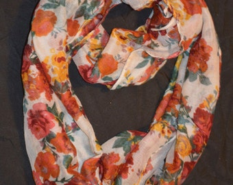 Scarf that make everyday feel like fall