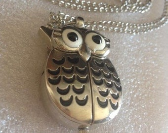 OWL necklace with clock
