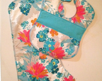 Teal & Pink Bib and Burp Cloth Set // Quilted Bib Set // Bib and Burp Cloth Set