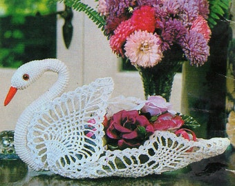 Crochet Swan Ornament, Crochet Pattern. PDF Instant Download.