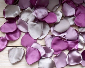 100 Petals of Satin,Wedding Decor,plum Petals,Artificial Petals Handmade,purple Petals,Fabric Petals,Table Scatter,Party ,Silk petals