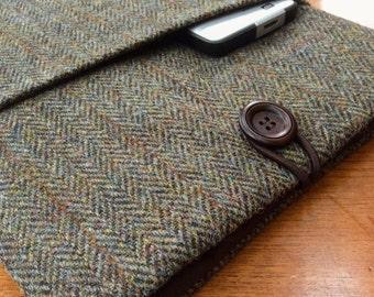 """Harris tweed MacBook 13"""" Pro Air cover case, laptop sleeve, lovat green herringbone"""