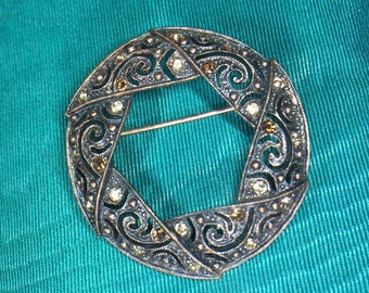 Vintage Circle Pin/Brooch Free Shipping