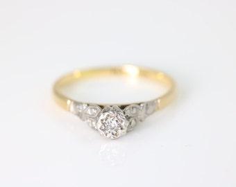 18ct Gold & Platinum ring- Circa 1930's