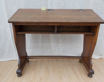 Victorian Or Early Edwardian Oak School Desk