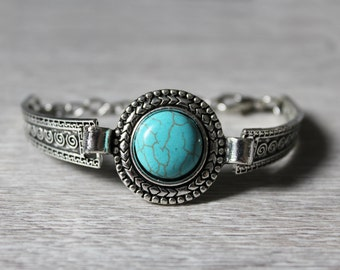 Ethnic bracelet with turquoise stone