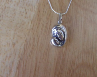Madonna Mary with child Jesus,Pendant,sterling silver,hand made,