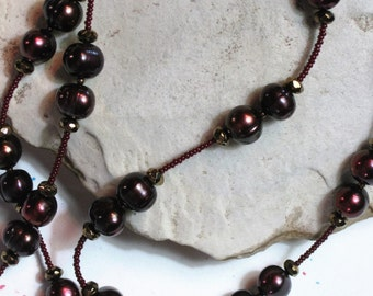 Aubergine freshwater pearl necklace