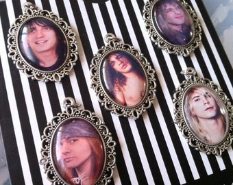 Glass Cabochon Pendant Charms/Necklaces - Axl Rose / Slash / Izzy Stradlin /Steven Adler / Duff McKagan