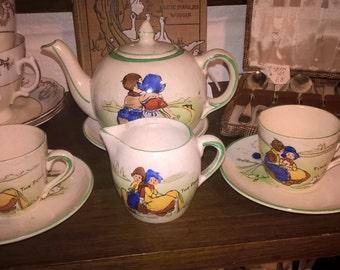 Childrens' tea set