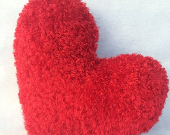 "Rouge Faux Fur Small Heart Pillow 11""x13"""