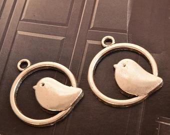 10 antique silver bird charms circle charm pendant pendants  (X01)