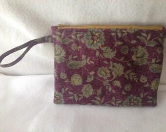 Wristlet/clutch - Classic floral