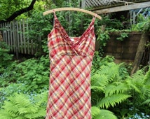 Jolir dress summer with red and yellow tiles. Dress with adjustable shoulder strap. Vintage.