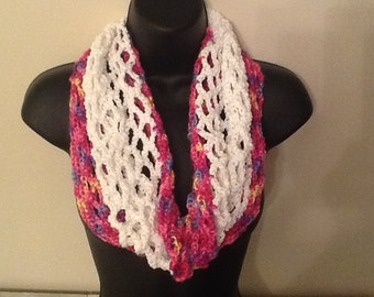 Spring infinity scarf perfect for Easter