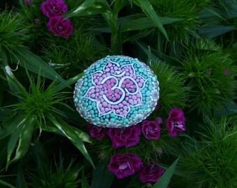 Mandala stone ' mandal'om '