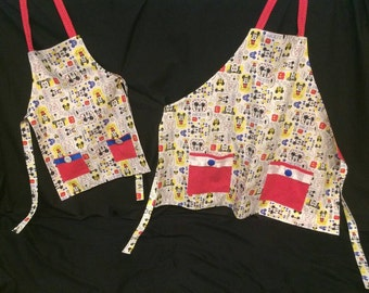Mickey Mouse Apron Set, Mommy & Me, Disney Apron, Mickey Mouse, Disney Decor, Gift for Her, Christmas Gift
