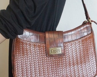 Vintage Brown Woven Shoulder Bag