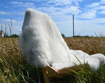 Genuine Natural Sheepskin Rug,Gray tips, soft fur.