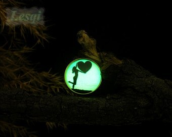 Girl lift heart charms ring,Glowing Ring with 20mm glow cabochon,Antique gold ring,Glow in the dark