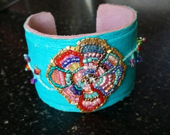 Leather bead embroidery cuff turquoise