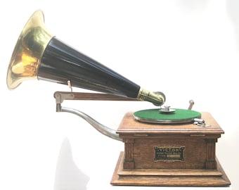 """1901 Victor Talking Machine """"E"""" model (pre-dog)"""
