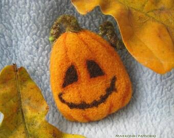 Handmade Brooch Pumpkin Made to Order Needle Felting Pumpkin Wool Jewelry Needle Felting Brooch Pumpkin Felted Cute Halloween Brooch Pumpkin
