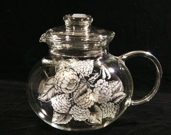 Tea service  - hand engraved