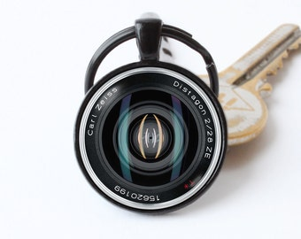 Photographer keychain Camera key ring Camera lens jewelry Lens key chain Camera pendant Camera lens gift Lens keyring Photographer jewelry
