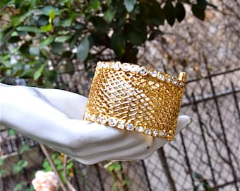 CHRISTIAN DIOR Basketwork and Crystals Cuff